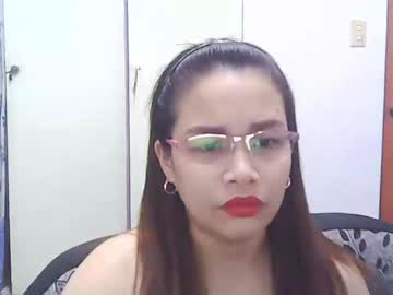 [09-01-20] hot_cassandra01 show with toys
