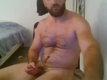 [01-06-21] wolfbearded305 public show video from Chaturbate