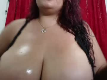 [27-04-21] _bustysarah nude