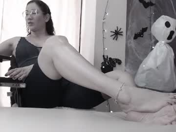 [24-10-21] tifanyquee cam video from Chaturbate