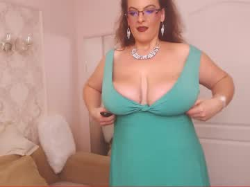 [20-10-20] college_dream_bbw private webcam from Chaturbate.com