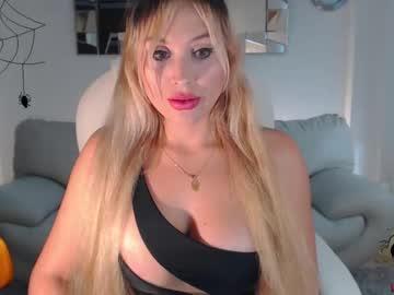 [30-10-20] lizztayler_ cum