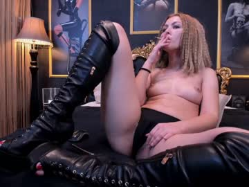 [28-02-20] hotmilfjessie record show with toys