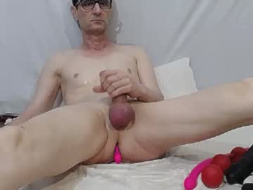 [05-05-20] xslave1x blowjob video from Chaturbate