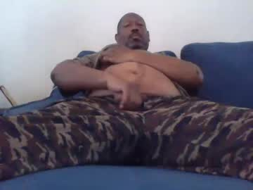 [16-05-19] biggdoggs record video with toys from Chaturbate