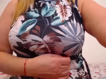 [21-01-21] marthanollan record public show from Chaturbate