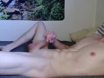 [26-05-21] fit_fun_and_hung webcam video from Chaturbate