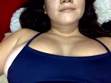 [22-01-21] andrealyons public webcam from Chaturbate.com