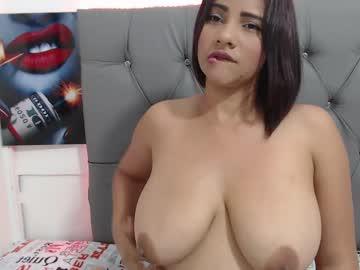 [17-11-20] angieroca public webcam from Chaturbate.com