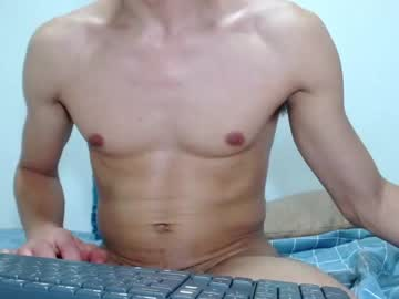 [23-11-20] 2bigsexylovers chaturbate blowjob video