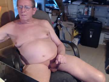 [01-05-20] newknees private show from Chaturbate.com