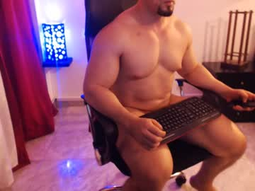 [14-07-20] masked_bodybuilder public show from Chaturbate.com