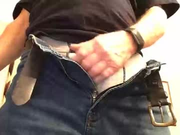 [30-01-20] oldhusband public show from Chaturbate