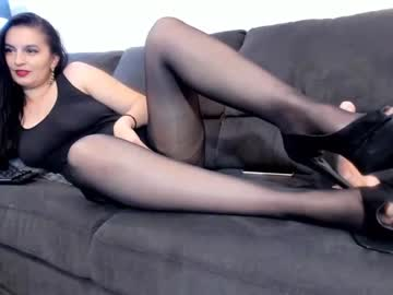 [08-10-20] vickycristal premium show video from Chaturbate