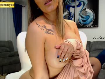 [14-10-20] mia_moretz1 show with cum