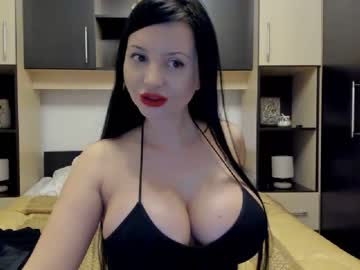 [09-05-20] yourhornyjessica public webcam from Chaturbate