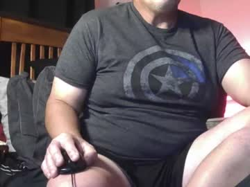 [28-10-20] kylejackson911 chaturbate public show video