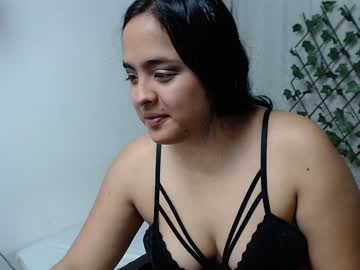 [20-01-20] candyandhelle public show video from Chaturbate.com