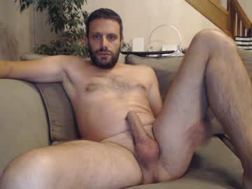 [01-09-20] bodyboy31 public show video from Chaturbate