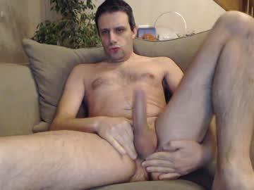 [09-03-20] bodyboy31 public webcam video from Chaturbate