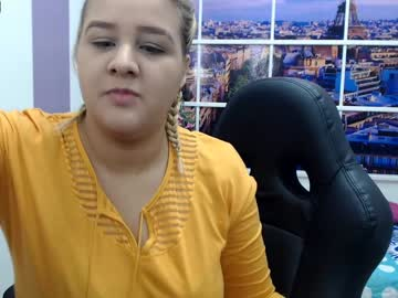 [18-09-20] candykarol record blowjob video from Chaturbate
