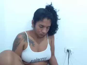 [04-12-20] mikeandbrenda_ record webcam video from Chaturbate