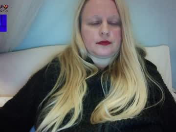 [25-11-20] carol__sexy record blowjob video from Chaturbate