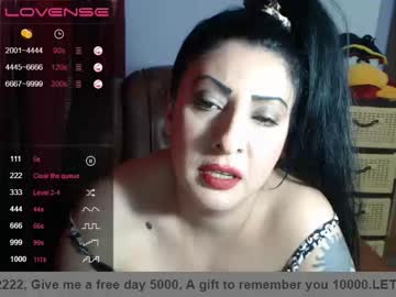 [25-05-20] _doll_on_fire_ chaturbate blowjob video