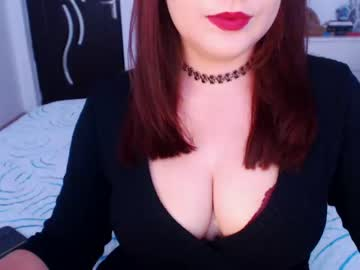 [06-10-20] jolenekiss video with toys