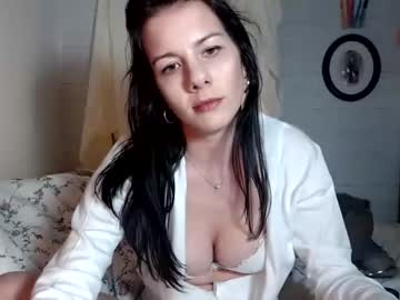[10-03-20] sweet_vivvie record public show video from Chaturbate.com