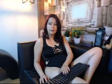 [11-05-20] maggie_bomb webcam video