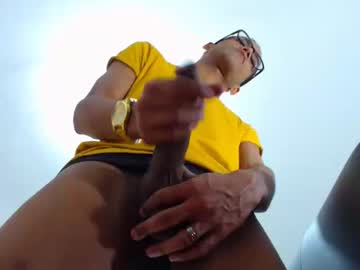 [24-01-20] 2hotbrunette18 record blowjob show from Chaturbate