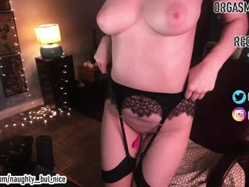 [13-01-20] naughty__but_nice chaturbate public