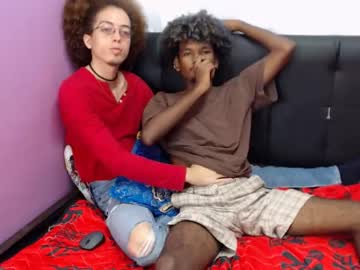 [19-02-20] jhon_and_camilo cam show from Chaturbate