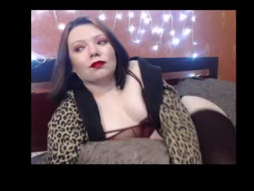 [12-01-21] naughtyhousewifexx record webcam video from Chaturbate.com