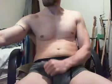 [04-01-20] nakedbutler74 xxx