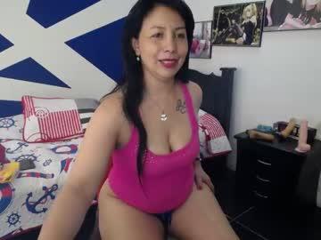 adela_sex