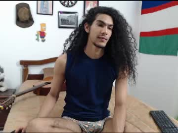 [04-02-20] julian_cassanova public webcam video from Chaturbate.com