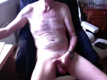 [14-12-20] ukmikey public show from Chaturbate.com