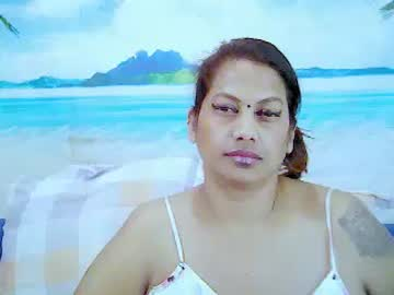 [24-10-20] indianapple69 public show from Chaturbate.com