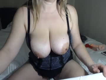 [19-02-20] dolcevita1230 record cam video from Chaturbate