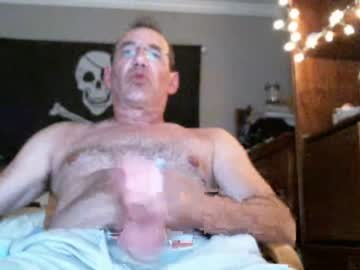 [17-01-20] hotnhandyguy69gm blowjob video from Chaturbate