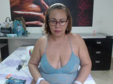[18-03-20] newmature public show from Chaturbate