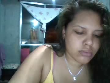[22-10-20] cristal_james show with toys