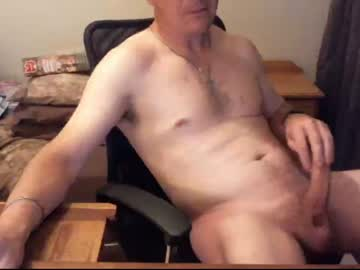 [25-10-20] brettdj public webcam video from Chaturbate