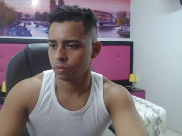 [08-05-20] kener_black record cam show from Chaturbate