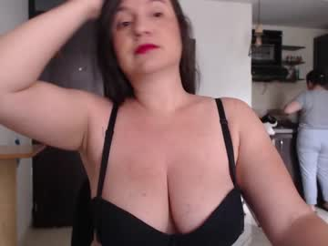 [03-03-21] hidden_tinna record show with toys from Chaturbate