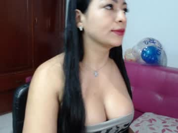 [11-06-20] naughty_moon webcam video from Chaturbate.com