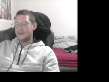 [24-10-21] powis record cam show from Chaturbate