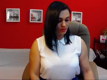 [09-10-20] chantallovely public show from Chaturbate.com